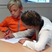 image illustrant l'aide aux devoirs à l'Académie Bernard Diomède